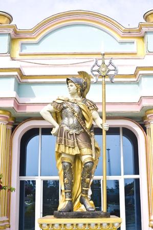 statue roman soldier photo