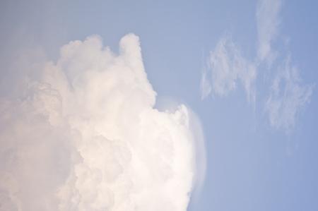 photons: cloud in blue sky