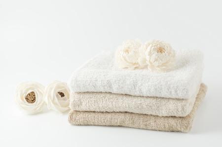 Fleur blanche et les serviettes
