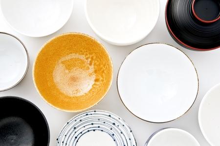 多くの日本人を皿します。