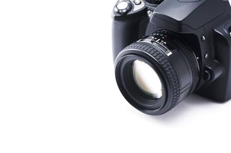 白い背景の上の一眼レフ カメラ