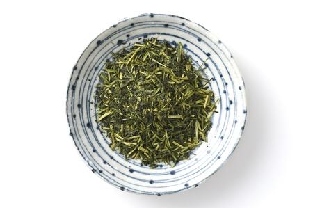 feuilles de th� vert isol� sur fond blanc Banque d'images