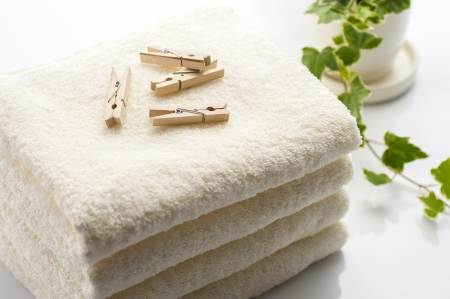 clothespins: Clothespins and towel