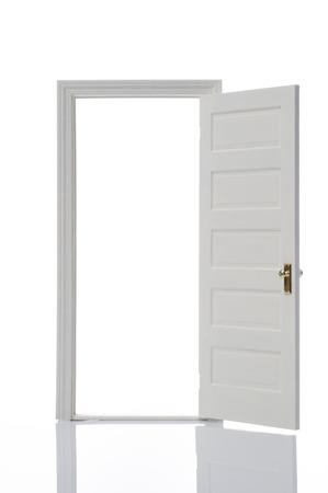 Geöffnete tür  Geöffnete Tür Lizenzfreie Vektorgrafiken Kaufen: 123RF