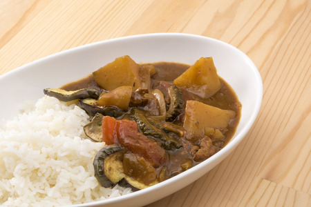 vegetable curry: Summer vegetable curry