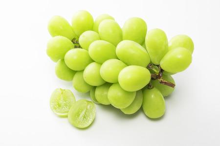 Shine Muscat, Bezpestkowe odmiany winogron
