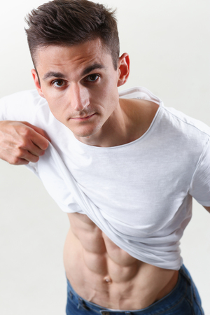 Strong mens press thanks to diet