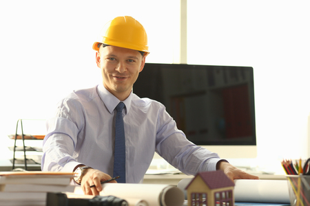 Smiling Architect Worker Create Building Plan Stockfoto - 121062776