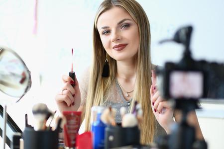 Girl Blogger Cosmetics Promotion for Internet Vlog Imagens