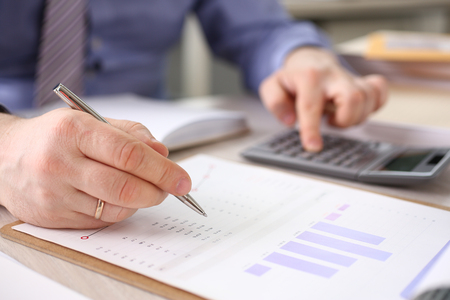 Accountant Calculate Finance Company Expenses