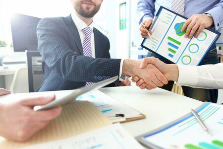 Gente de negocios inteligente