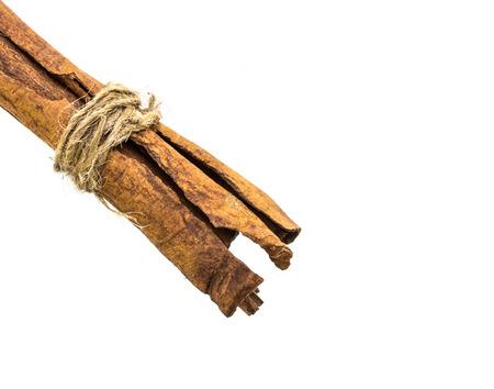 cinnamon stick: cinnamon stick on white background