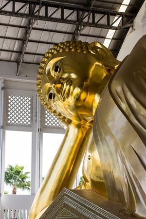 reclining: Golden Statue of Reclining Buddha, Thailand