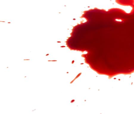 macchie di sangue su sfondo bianco