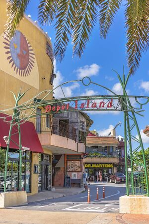 American Village, Japan - September 17, 2018: Shop Mall of the American Village of Chatan City in Okinawa where Seaside Distortion, Oak Fashion and Seaside Island Depot are located Stok Fotoğraf - 127812971
