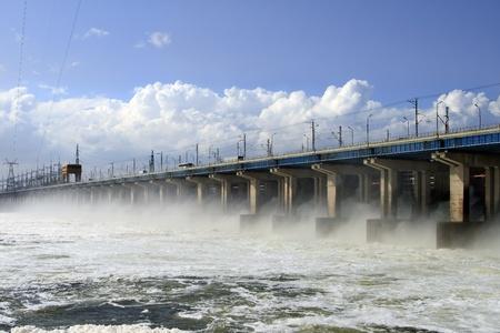 volzhskiy: Ripristina d'acqua a centrale idroelettrica sul fiume