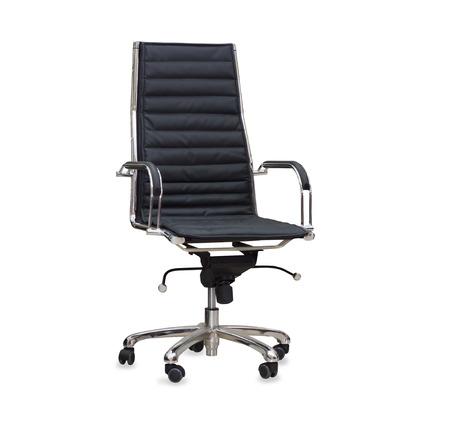 Der Bürostuhl aus schwarzem Leder. Isoliert Standard-Bild - 33640564