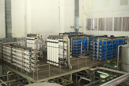 filtración: sistema de filtro en una compañía de cerveza grande