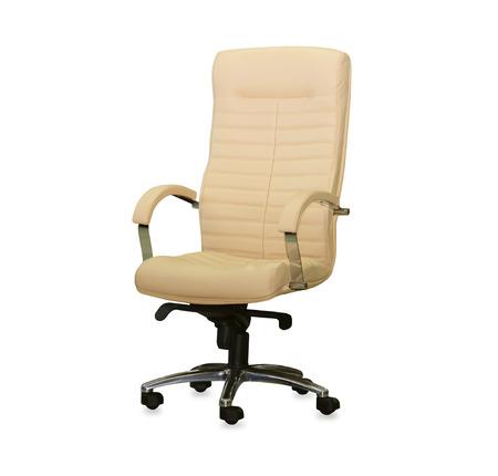 silla: Silla de oficina moderno de cuero beige. Aislado