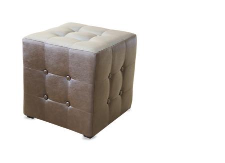 arredamento classico: pouf Brown pouf isolato su bianco