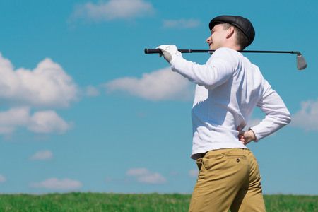 golf man: Player backache during the game
