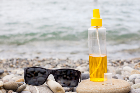 needed: Summer sea and all that is needed for the Sun
