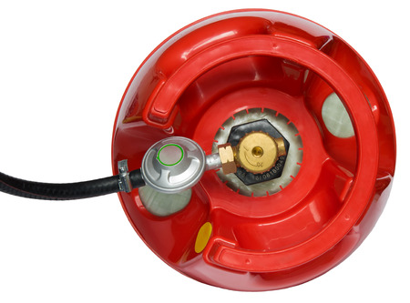 cilindro de gas de color rojo con una caja de cambios que se le atribuye