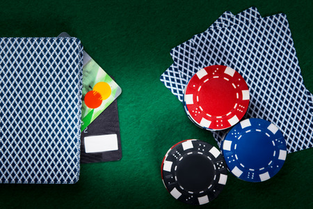 poker game, online, for electronic money, on a green background