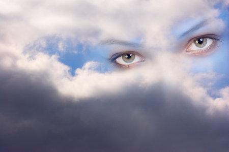 Stare from heaven. Guardian angels look  Zdjęcie Seryjne
