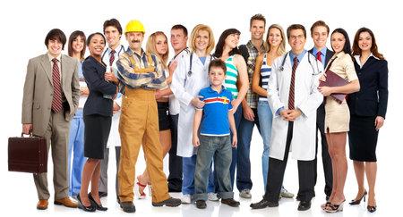 Groep jonge lachende mensen. Over witte achtergrond