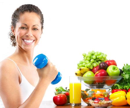potherbs: Mujer, gimnasio, elaboraci�n, ejercicio, salud. Aislado sobre fondo blanco