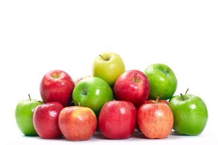 pommes: Fruits frais. Apple. Isol� sur fond blanc Banque d'images