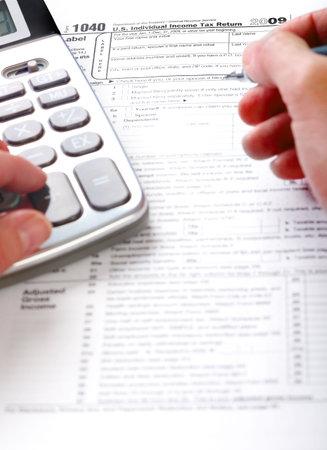 bookkeeper: Llenar el formulario de impuestos. Est�ndar impuestos del ingreso de Estados Unidos