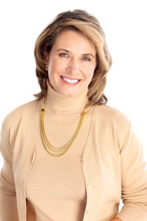 mujeres maduras: Sonriente mujer de negocios. Aislados sobre fondo blanco