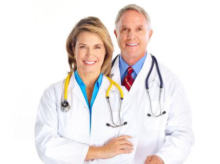 werk: Artsen met een stethoscoop een glimlach. Geïsoleerd op witte achtergrond