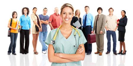 Lachende arts en mensen. Op witte achtergrond