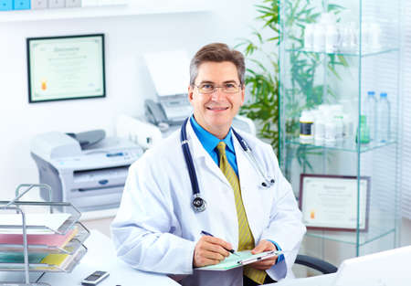 medical practice: Medical doctor in the office