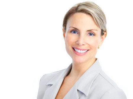 Femme d'affaires souriante. Isolé sur fond blanc