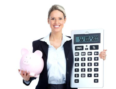 retour: Accountant zaken vrouw met een groot reken machine en een piggy bank