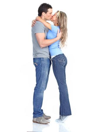baiser amoureux: couple amoureux