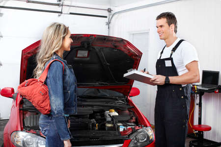Auto mechanic Stock Photo - 9130052