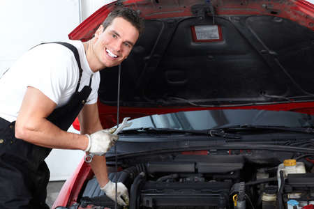 Auto mechanic Stock Photo - 9129974