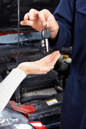 Auto mechanic Stock Photo - 9140325