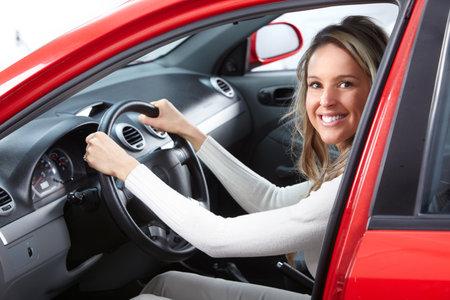 positivism: mujer en el coche Foto de archivo