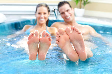 whirlpools: Couple in jacuzzi