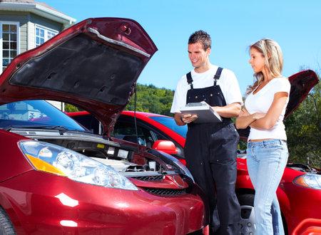 Auto-Mechaniker Standard-Bild - 10548771
