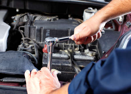 Auto mechanic Stock Photo - 10696490