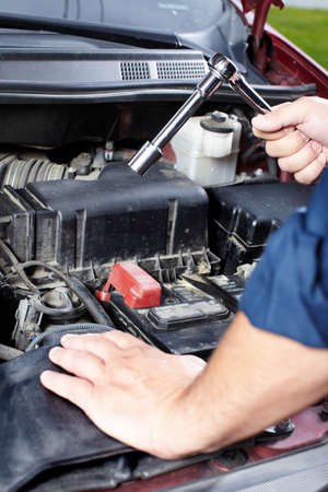 Auto mechanic Stock Photo - 10696496
