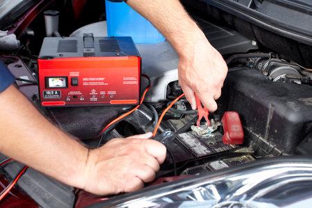auto monteur: Auto reparatie.