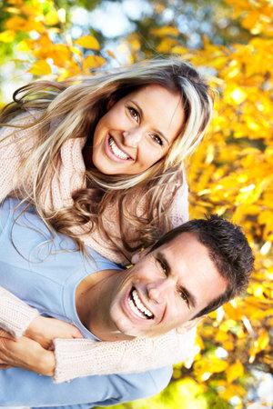 dental smile: Happy couple.